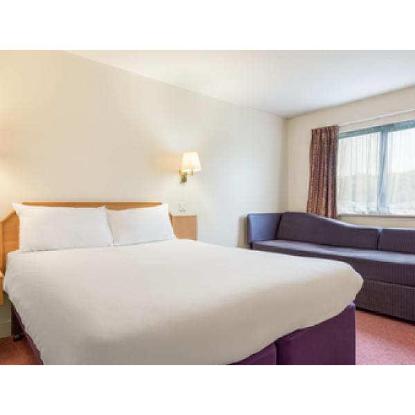 Hotels Near Luton Airport Park And Fly